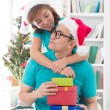 Asian couple life christmas celebration gift sharing — Foto de Stock