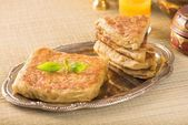Mutabbaq a popular arab bread stuffed with meat — Stock Photo