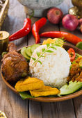 Indonesian fried chicken rice — Stock Photo