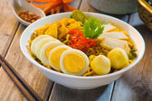 Spicy curry instant noodles — Stock Photo