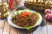 Stir-fried noodles Chow mein — Stock Photo