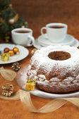 Impostazione di tavola natale - decorazioni torta e natale — Foto Stock