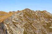 Paisaje de montañas de fagaras en rumania, en un día de verano — Foto de Stock
