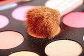 Eyeshadow kit with brush — Stock Photo
