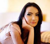 Young woman closeup indoor — Stock Photo