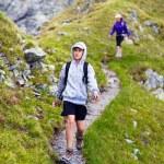 Hikers on mountain — Stock Photo