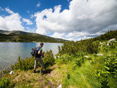 Hiking on the lakeside — Stock Photo