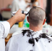Getting a haircut — Stock Photo