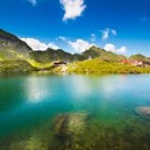 Lake and mountain (Balea Lake in Romania) — Stock Photo #6090256