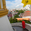 Monk walks down the stairs of the temple — Stock Photo