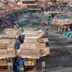 mercado em praça pública, em marrakech, Marrocos em dezembro 24, 2012 — Foto Stock