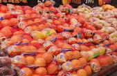 Manzanas y naranjas — Foto de Stock