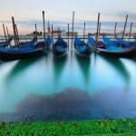 weneckie gondole na wschód — Zdjęcie stockowe