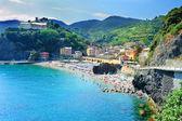 Playa en monterosso al mare — Foto de Stock