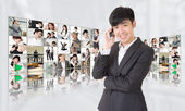 Young businessman talk on phone — Stock Photo