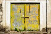 Eski paslı kapısı — Stok fotoğraf