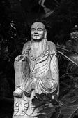 Zničené sochy ksitigarbha bódhisattva — Stock fotografie