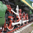 Wheel a big old steam locomotive — Foto de Stock