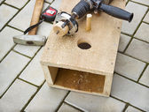 Making a birdhouse from boards spring — Stock Photo