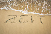 Mot dans le sable — Photo