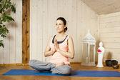 瑜伽女人 — 图库照片