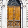 Door Siena — Stock Photo #36073365
