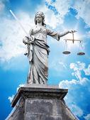 Justitia statue — Stock Photo