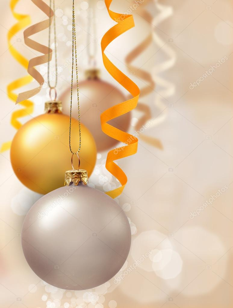Christmas decoration with balls and ribbons — Stock Photo #13977928