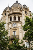 Clock on Old Domed Building in Barcelona — Stock Photo
