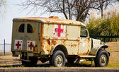 Old Rusty Medic Truck — Stockfoto