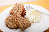 Meatloaf and Mashed Potatoes — Stock Photo