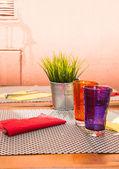 Purple and Orange Tumblers on Table — Stock Photo