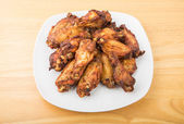 Barbecue Chicken Wings on White Plate — Stock Photo