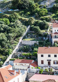 White Homes with Red Tile Roofs on Croatia Hillside — Foto Stock