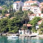 White Cabin Cruiser Docked in Croatia — Stock Photo #41103659