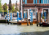 Boats at Docsk in Venice — Stock Photo