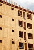 Flakeboard Sheathing on Condo Construction — Stock Photo