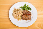 Homemade Meatloaf with Brown Rice and Arugula — Stock Photo