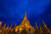 Shwedagon golden pagoda — Stock Photo