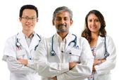 ırklı doktorlar — Stok fotoğraf