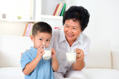 Drink milk together — Stock Photo