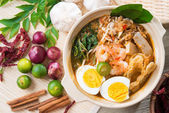 Singapore prawn noodles — Stock Photo