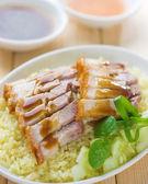 Siu Yuk or sliced Chinese boneless roast pork with crispy skin — Stock Photo