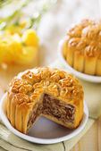 Sweet assorted fruits nuts mooncakes — Stock Photo