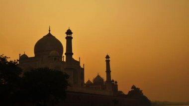 Taj mahal agra atardecer india timelapse. — Vídeo de stock