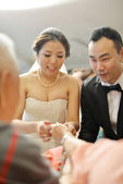 Asian wedding tea ceremony — Stock Photo