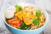 Close up spicy curry instant noodles — Stock Photo