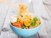 Hot and spicy curry instant noodles — Stock Photo