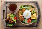 Asian fried chicken meal set — Stock Photo