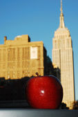 Big Red Apple and Empire State Building concepts of New York City — Stock Photo